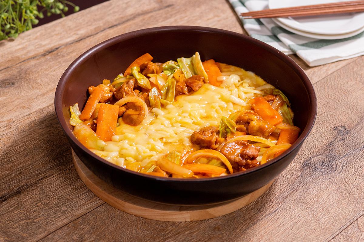 フライパン チーズ タッカルビ