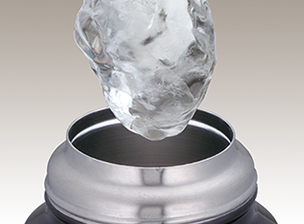 氷が入るワイドな口径